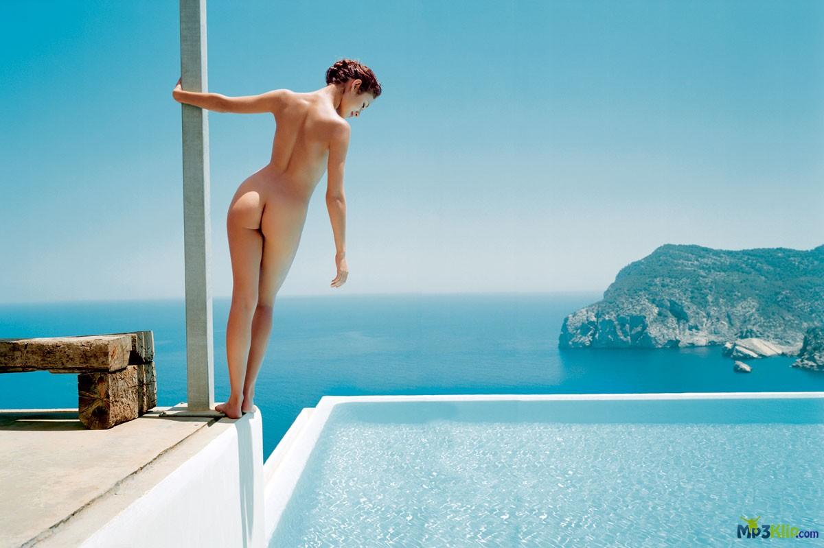 Французские голые попки 18 фотография