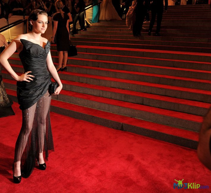 Кристен Стюарт (Kristen Stewart) на «Metropolitan Museum of Art Costume Institute Gala 2010»