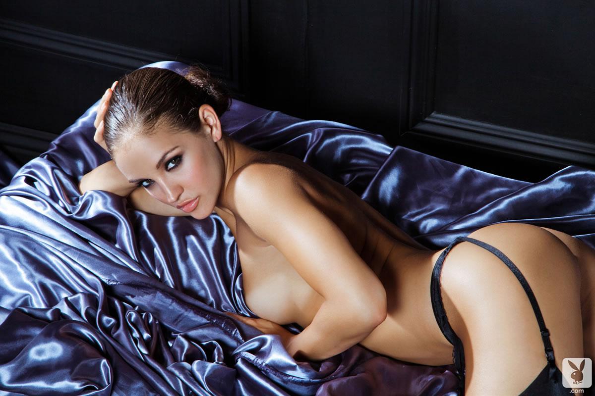Шёлковое бельё порно онлайн 10 фотография