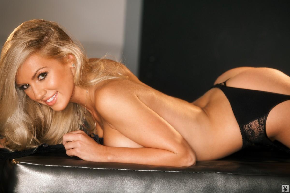 Секс блондинка в белье 23 фотография