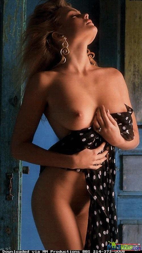Порно фото Эрики Элениак  горячая коллекция
