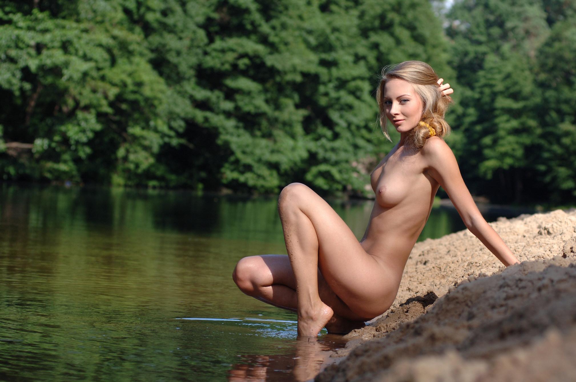 Сися в воде 4 фотография