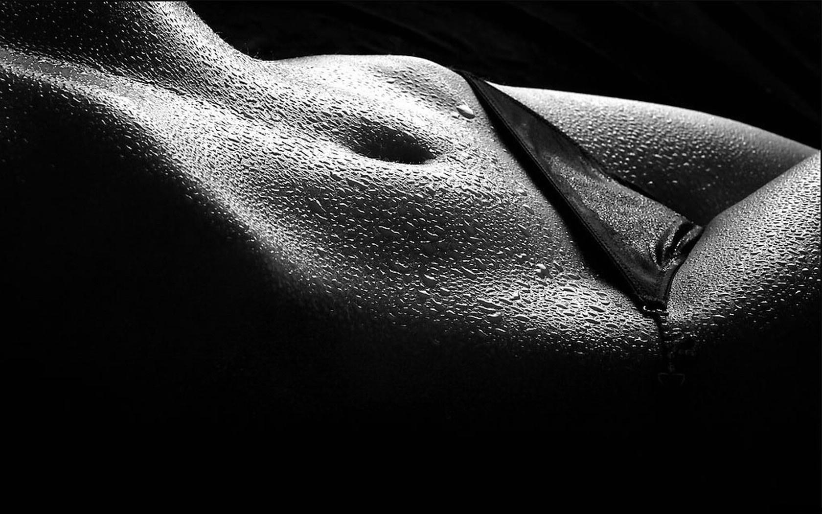 Трусики девушка черно белое 18 фотография