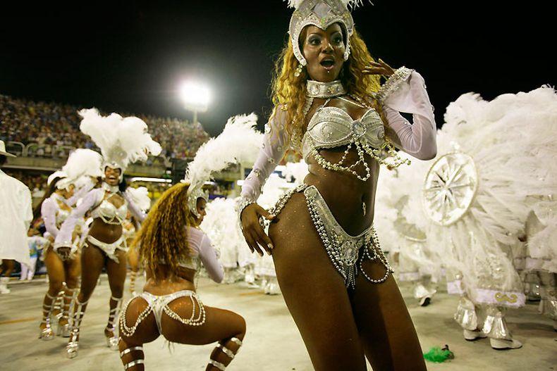 braziliya-razvrat-karnaval