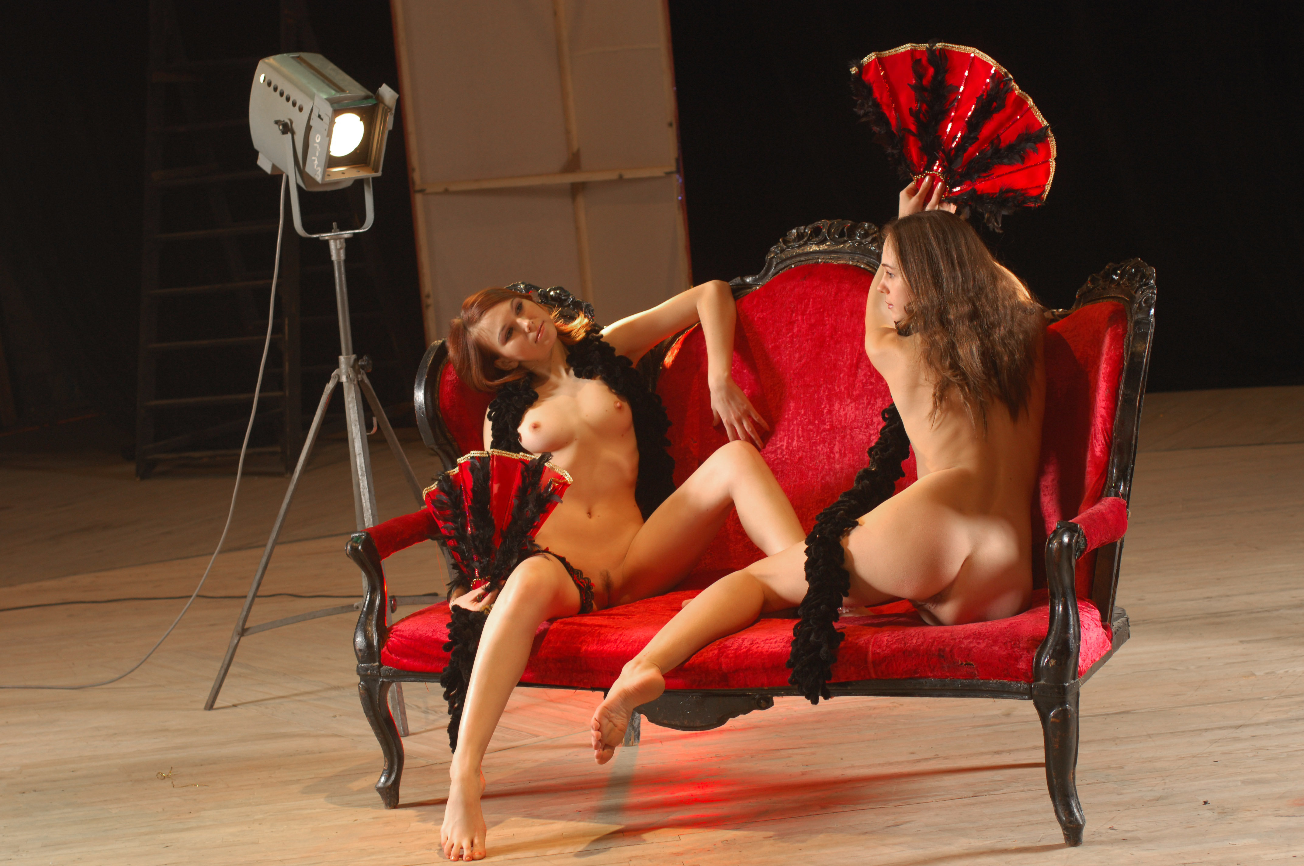 Фото эротика в театре 2 фотография