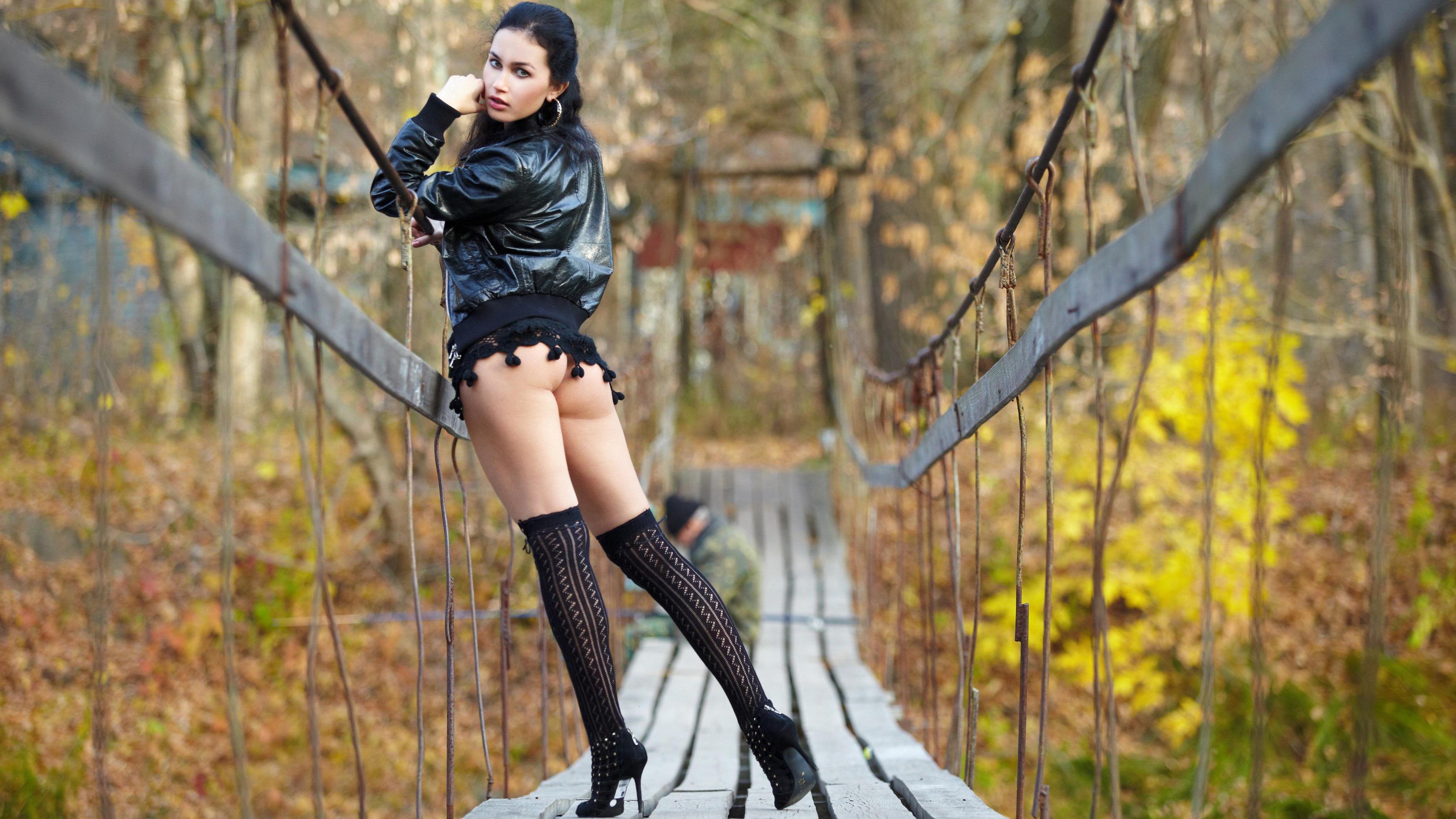 Секс осенью в парку 7 фотография