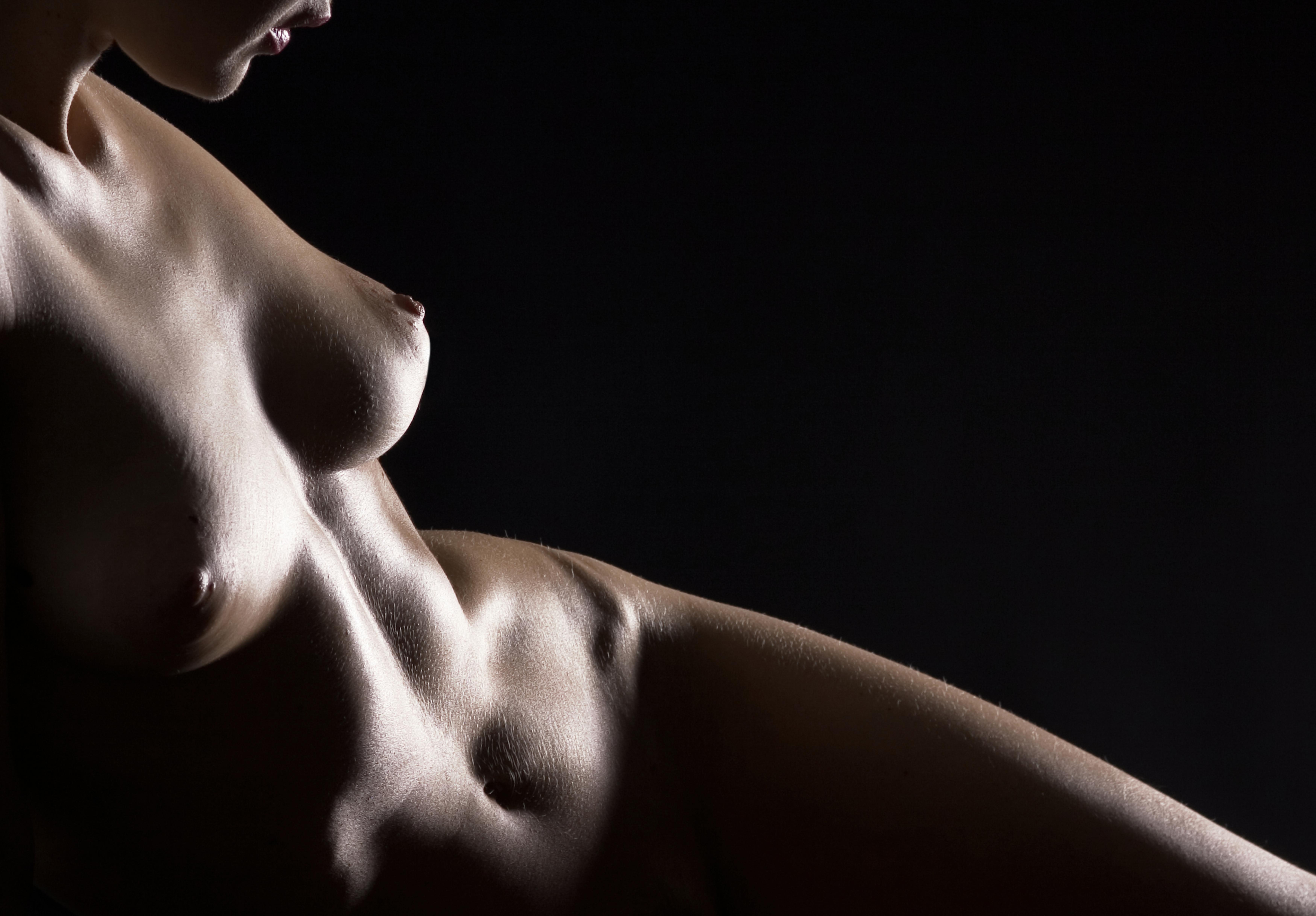 Эротическое тело девушки