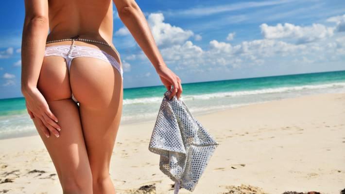 porno-leto-v-bikini