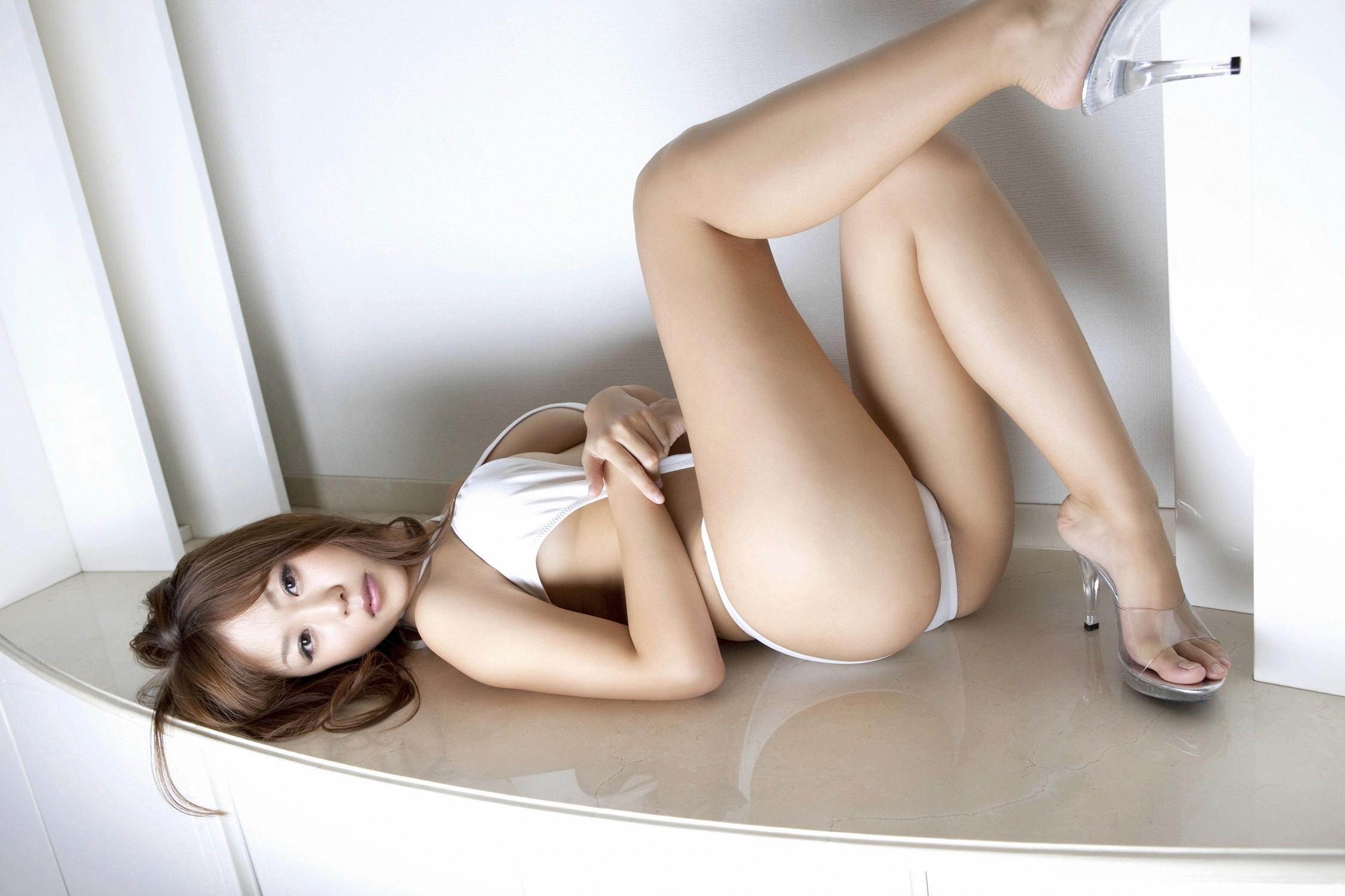 Японка в белом фото 7 фотография