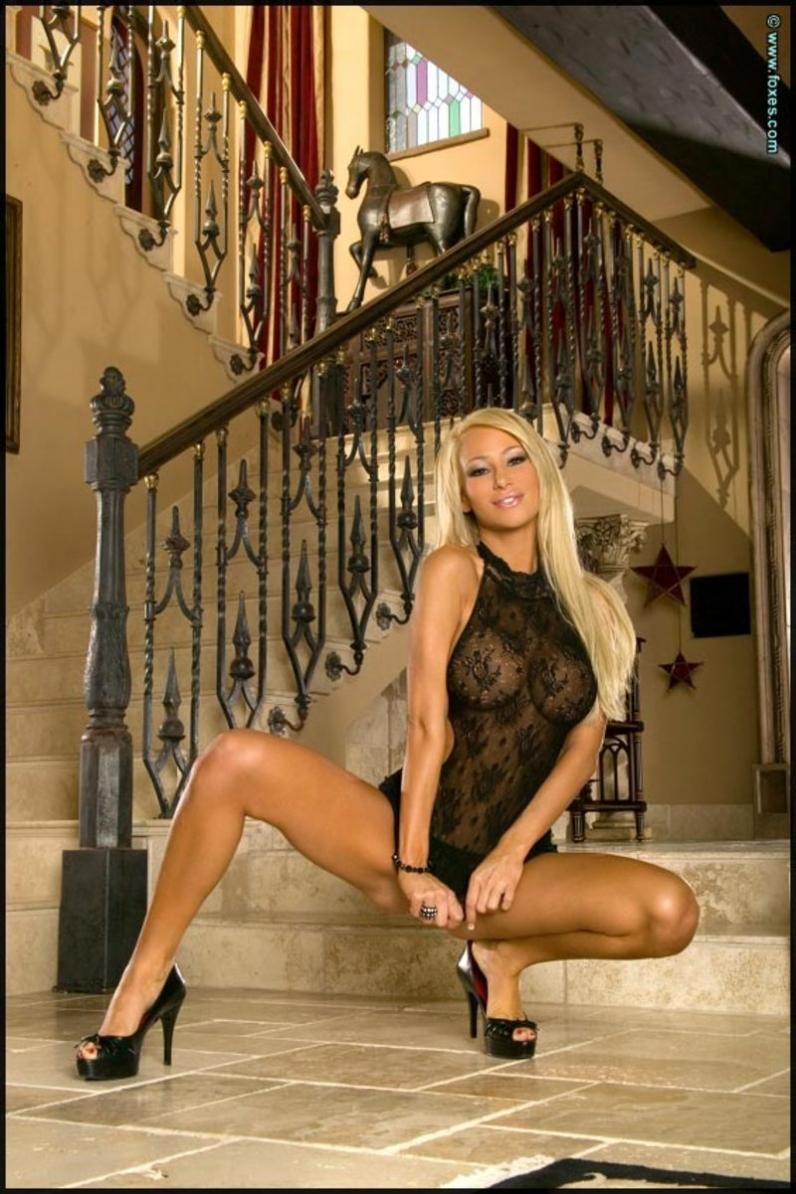 Секс с жаркой блондинкой 17 фотография