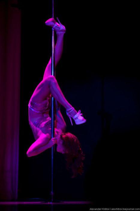 pokazhite-devushek-kotorie-pokazivayut-seksualniy-eroticheskiy-striptiz