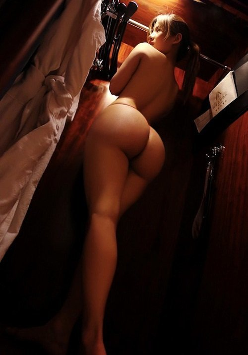 erotika-zhenskie-popki-foto