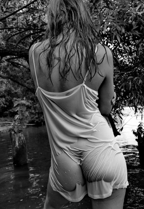 мокрая одежда эротика