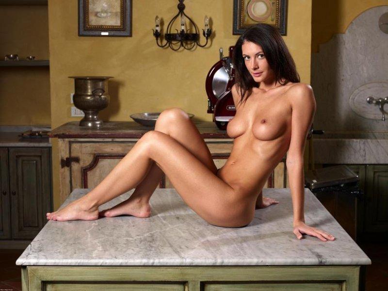 devushki-italii-erotika
