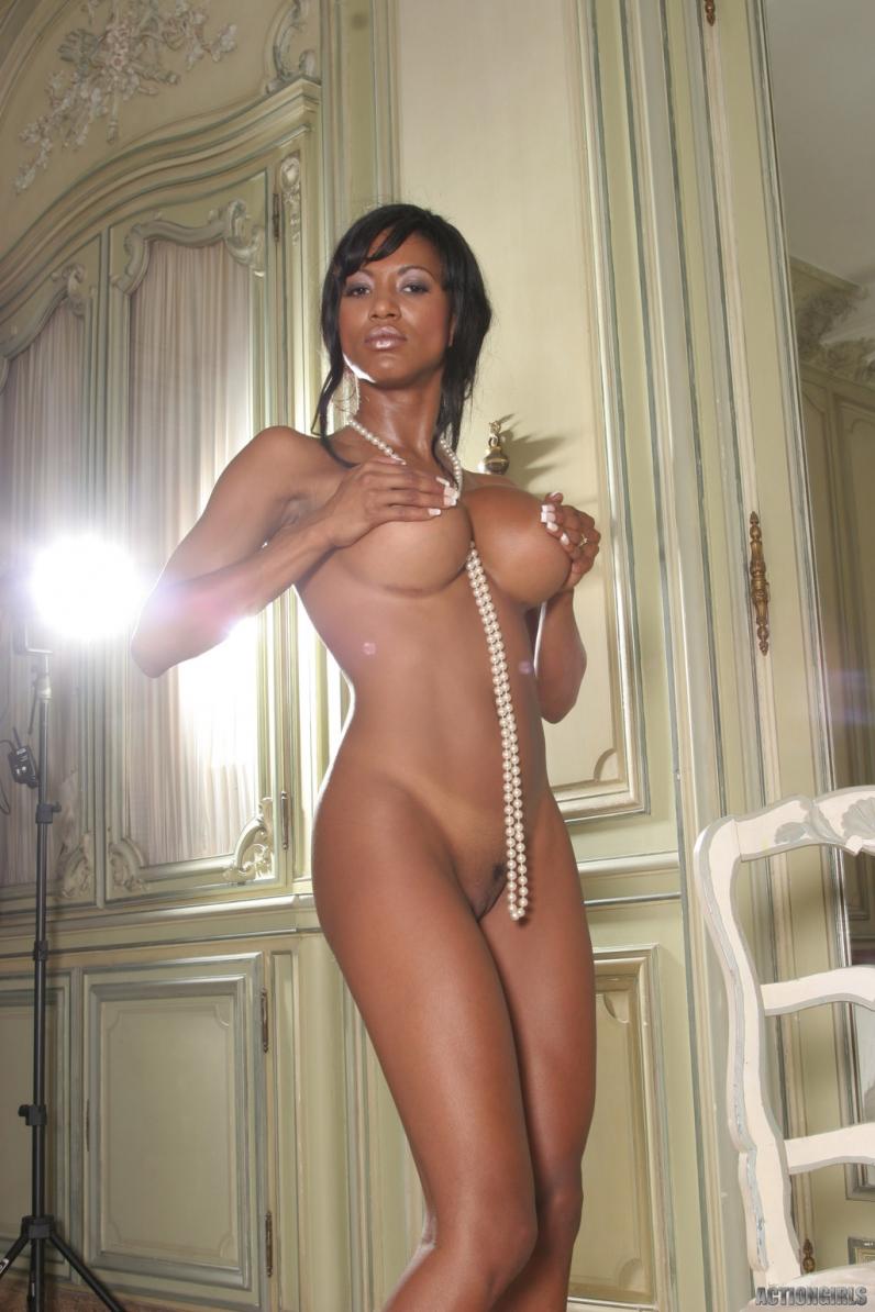 Фото негритянок с сисяндрами ню 11 фотография