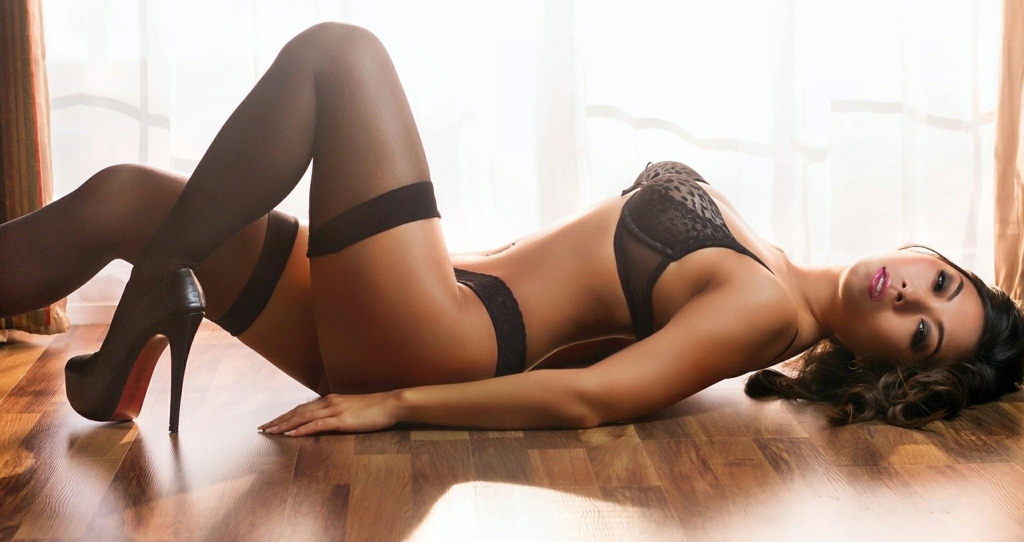 Сексуальные азиатки эротическом нижнем белье 23 фотография