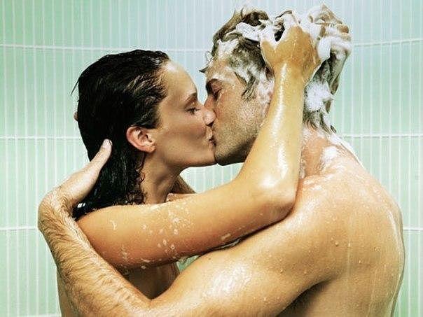 Смотреть занятия сексом в ванной это