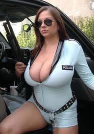 Женщины в униформе