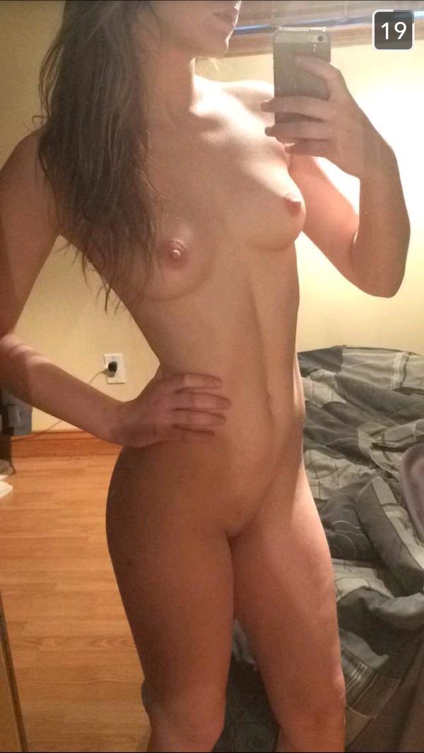 большые голые титьки