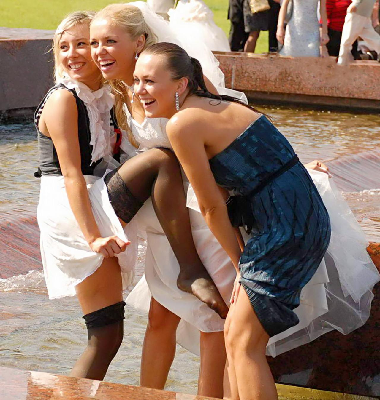 Свидетельница на свадьбе затмила невесту