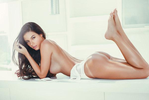 фото порно модель ferrari
