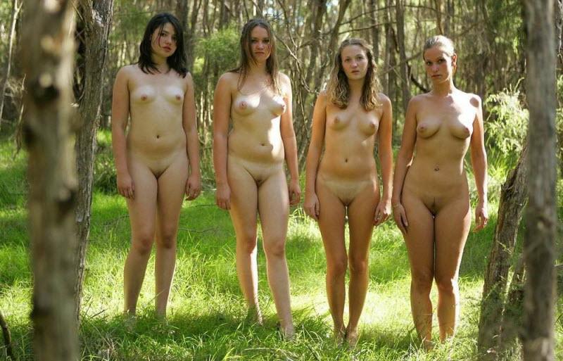 Голые Женщины На Природе Фото И Видио
