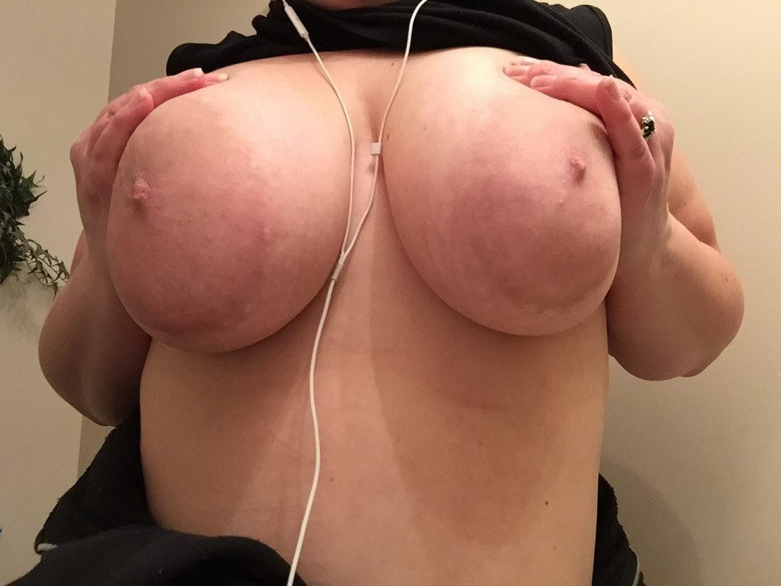 Ореолы в порно большие