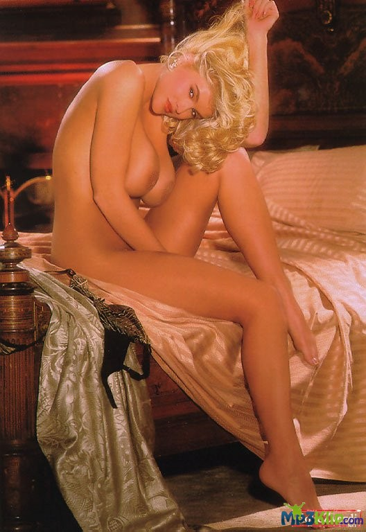 anna-nicole-smith-playboy-naked-conan-detective-nudi