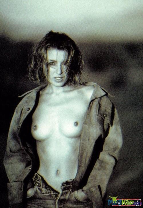 Simone Thomalla Tits