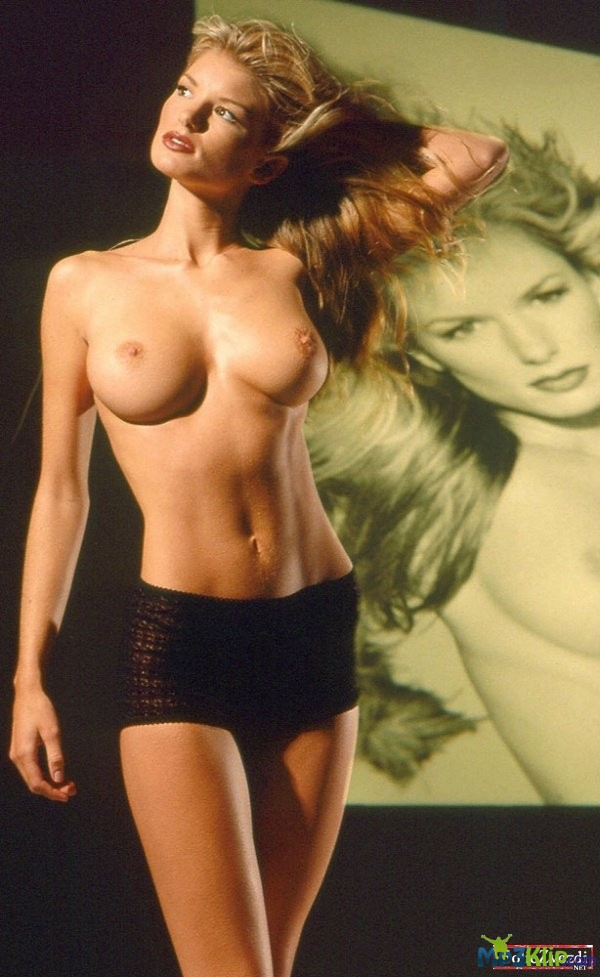 Marisa miller nude and barefoot 4