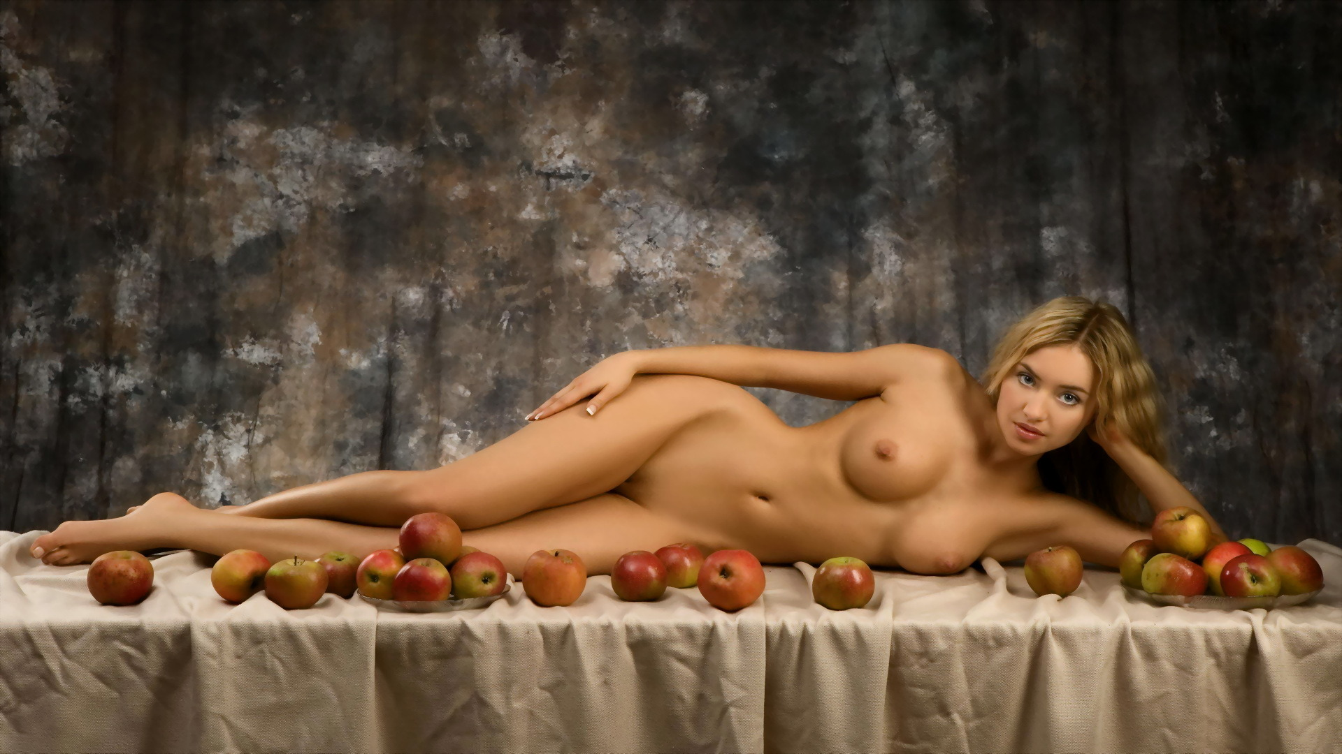 Girl nude erotic