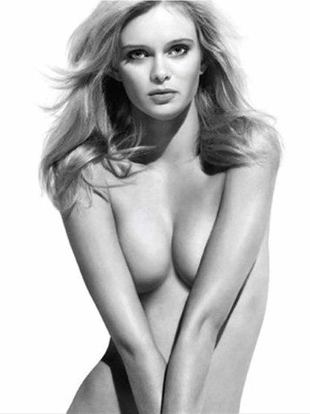 Sara paxton nude, naked