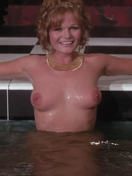 valerie-perrine-nude-pictures-naked-people-in-bathtub