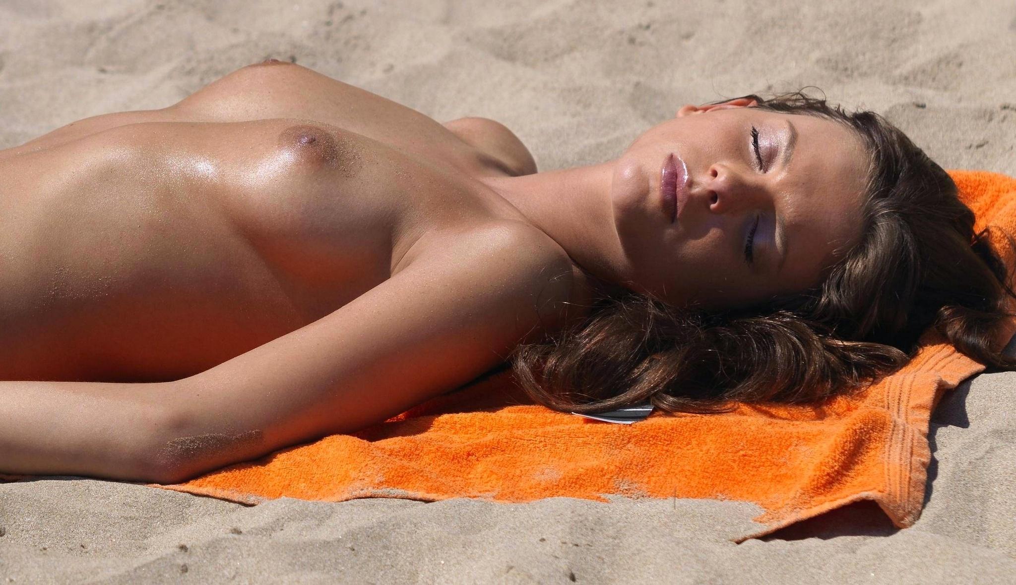 Эротика но плаж, Пляж. Секс на пляже 19 фотография