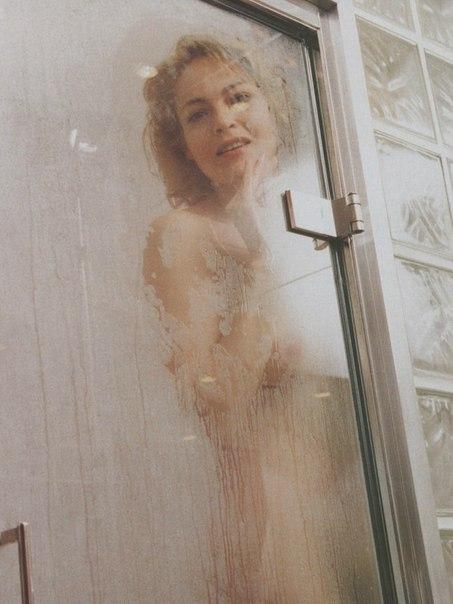 Naked girl having srx