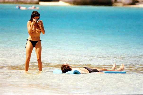 Penelope Cruz - Topless At A Beach In Virgin Island