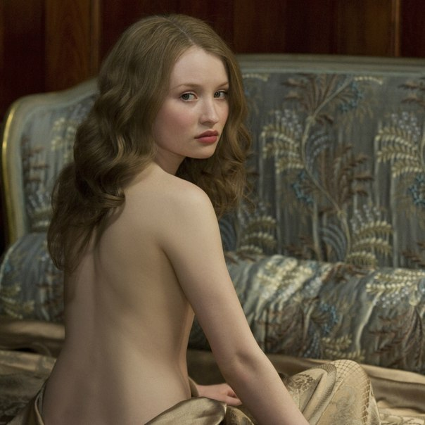 Эмили Браунинг Голая - Emily Browning Nude - Sleeping
