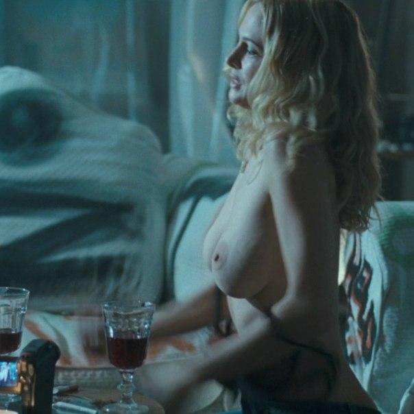 Lauren Graham Nude Sex Scene