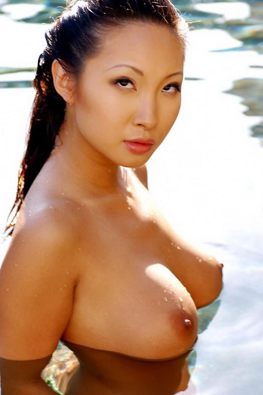 Debra Jo Rupp Nude