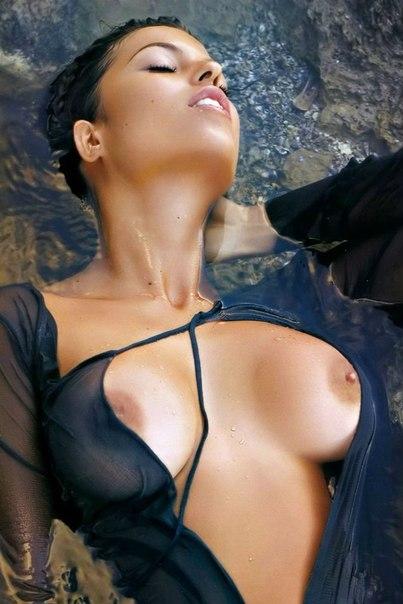 Голые селфи  пошлые эротические и ню селфи фото девушек