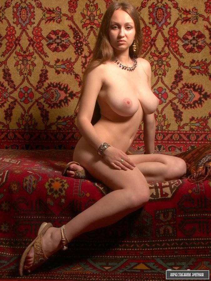 striptiz-naturalnie-prostitutki-individualki-moskvi-derevne-vzroslih-molodimi