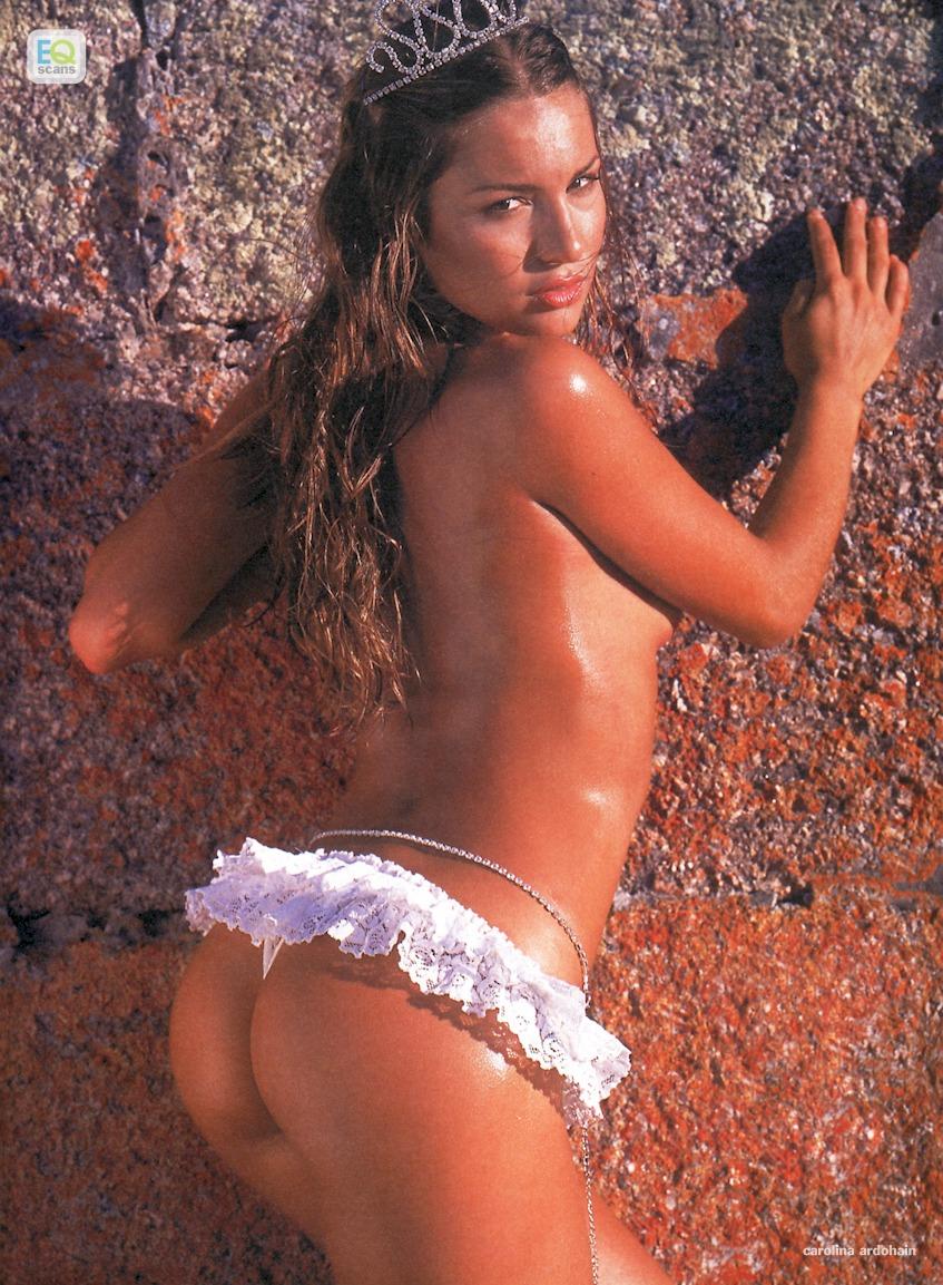 Carolina Ardohain Nude Pics