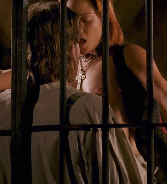 kristanna-loken-porn-gif-afraid-of-anal-sex-painfull-shit