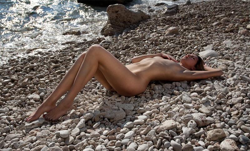 эротические фото с побережья и пляжей крыма