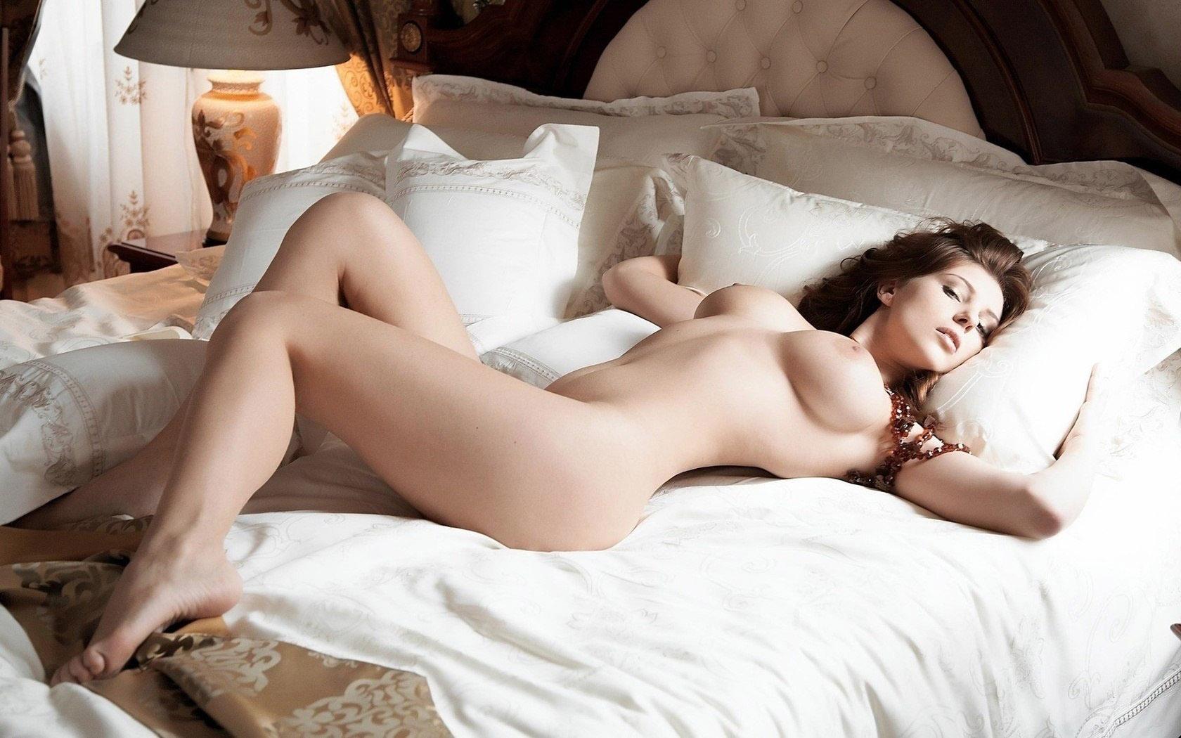 красивые девушки интим фото - 14