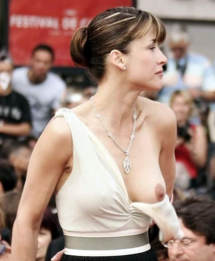 Порно с большой груди женщинами мужиков