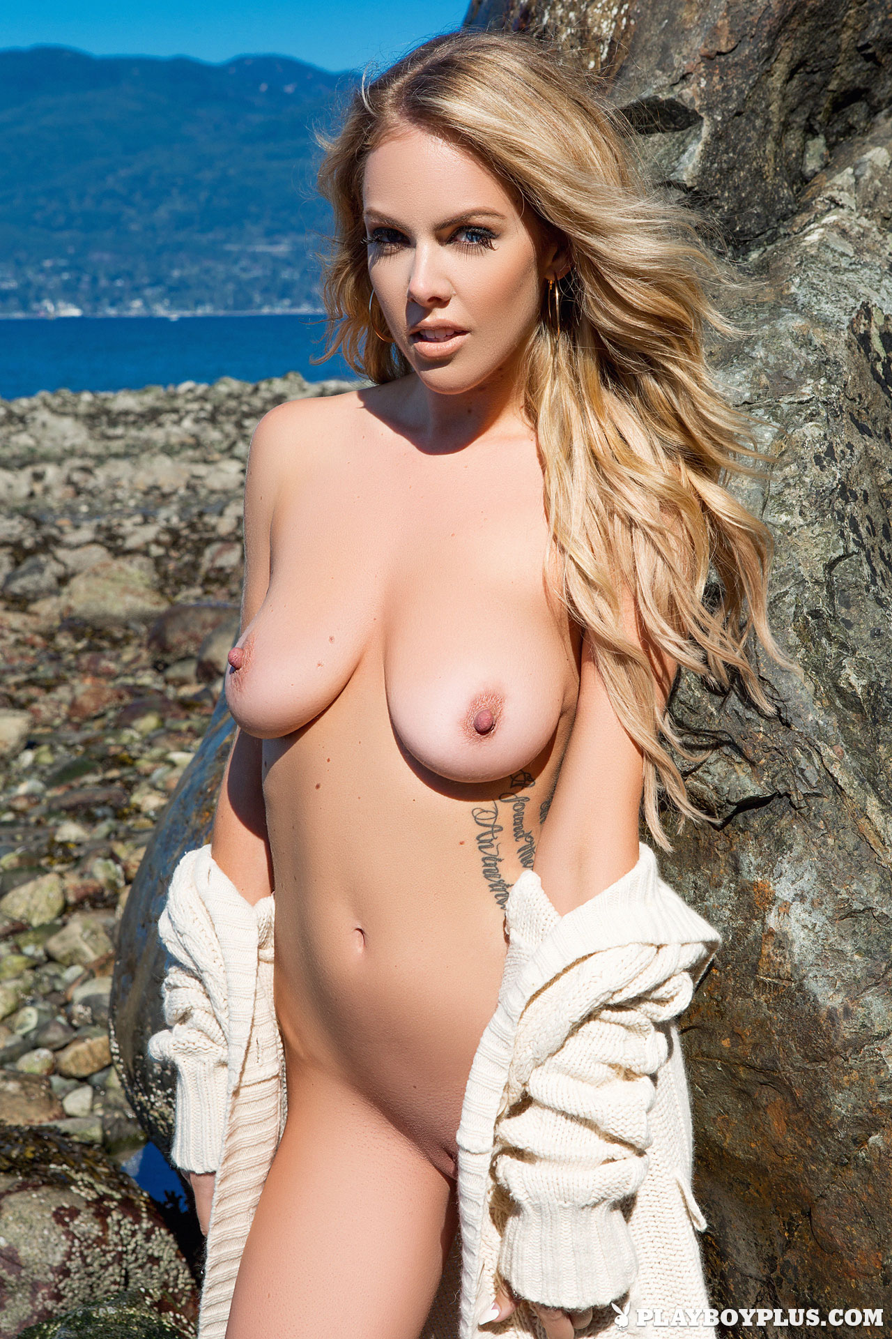 Heidi hamels nude pictures — pic 8