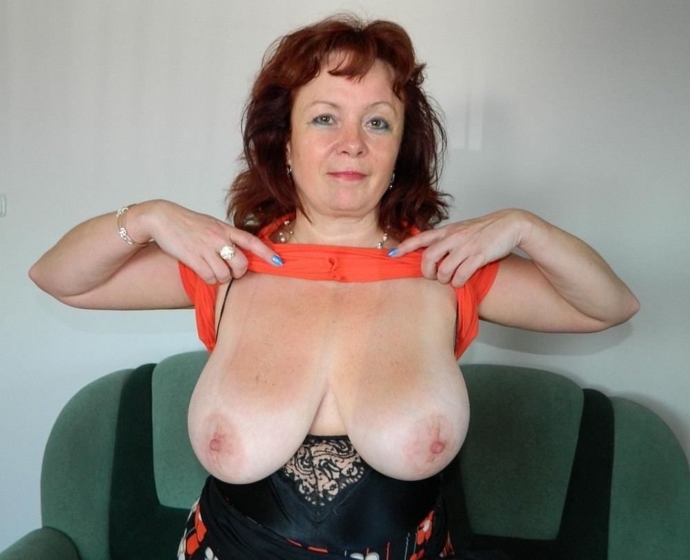 Hot Mature Georgina C Uncovers Small Saggy Tits Toys Her Aged Shaved Pussy