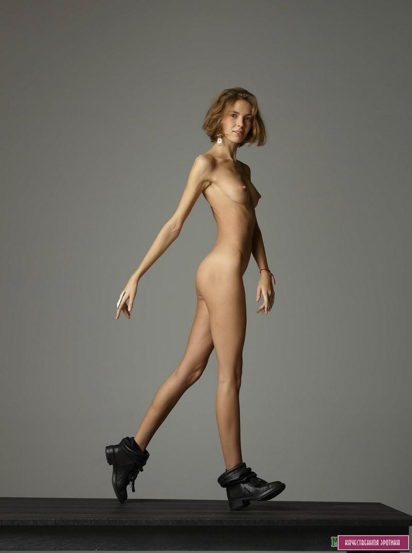 Очень худые эротика, госпожа в колготках онлайн