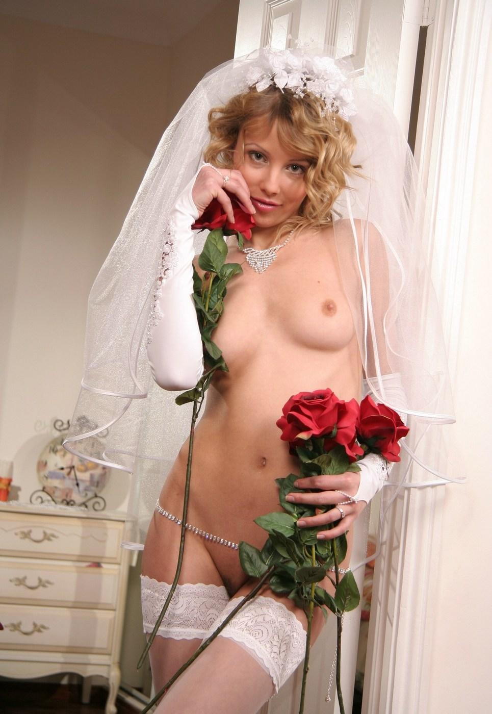 Ретро фото невест без трусов, трансвеститы видео скрытой камеры